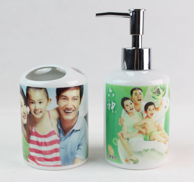 Bath Set (Toothbrush Holders & Bath bottle)